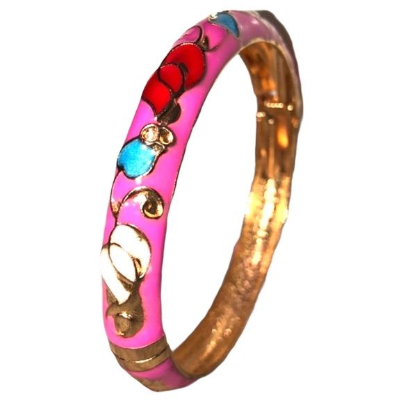 2/$10 🔴 Magenta Painted Textured Floral Bangle
